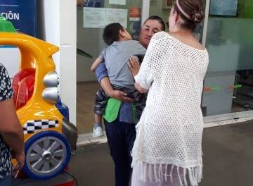 ¡Policías municipales de Aguascalientes localizaron a un niño de 3 años de edad que se salió de una guardería!