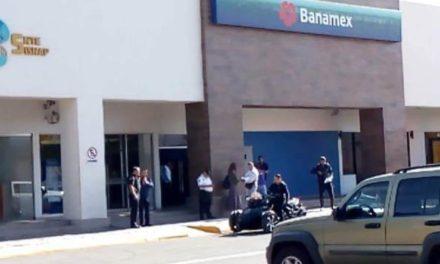 ¡Un sujeto asaltó el Banamex del Centro Comercial Galerías en Aguascalientes!