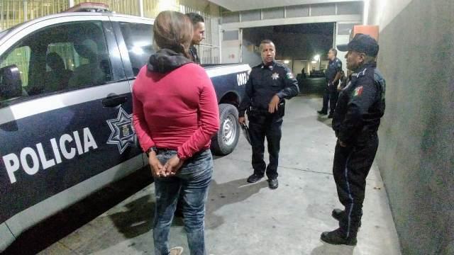 ¡Policías municipales de Aguascalientes evitaron que una mujer se quitara la vida!