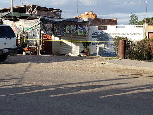 ¡Ejecutaron a 2 hombres con armas de fuego largas en un billar de Loreto!