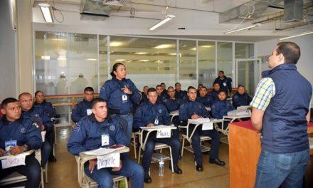 ¡Policías municipales de Aguascalientes únicos que cuentan con certificado de identidad!