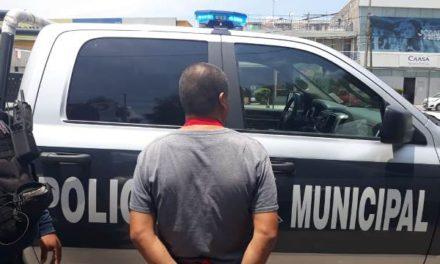 ¡Detuvieron a sujeto que vendía psicotrópicos afuera del Hospital 1 del IMSS en Aguascalientes!