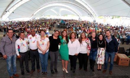 """¡""""Nuestros abuelitos merecen respeto y admiración"""": Tere Jiménez!"""