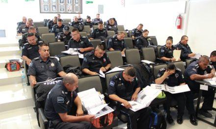 ¡Custodios y policías municipales cursan programa de formación inicial!
