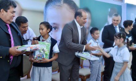 ¡Asiste el gobernador al arranque del ciclo escolar de la primaria Ismael Collazo García!