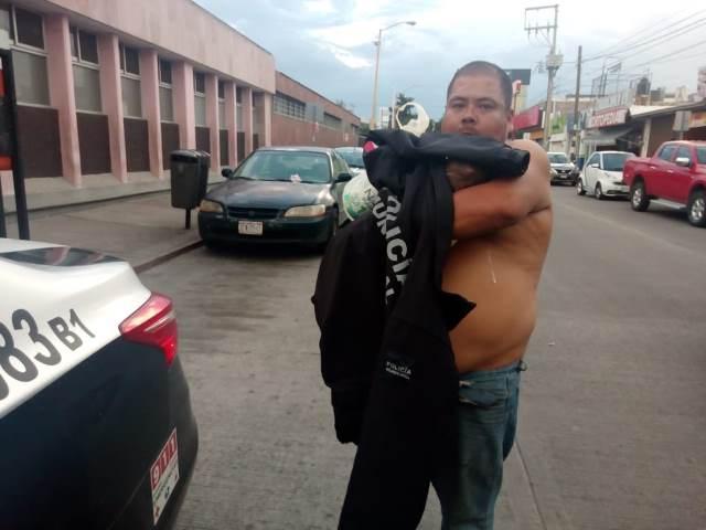 ¡Grave niño de 4 años de edad que cayó de un segundo piso en Aguascalientes!