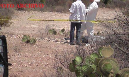 ¡Hombre fue ejecutado, torturado y envuelto en una cartulina con un narco-mensaje en Morelos!