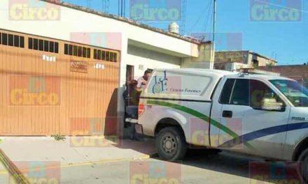 ¡Ex policía municipal se suicidó en su casa en Encarnación de Díaz!