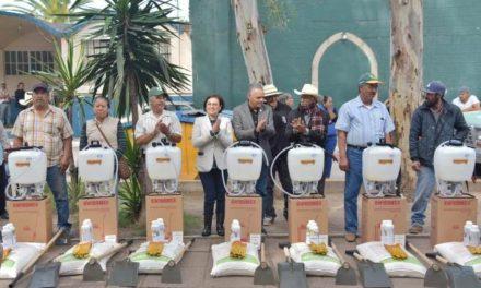 ¡El Municipio de Jesús María entregó 700 despensas agrícolas!