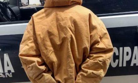 ¡Tras persecución, policías municipales de Aguascalientes capturaron a sujeto que asaltó un negocio!