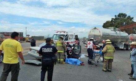 ¡2 muertos y 1 lesionado grave tras fatal accidente en San Juan de los Lagos!