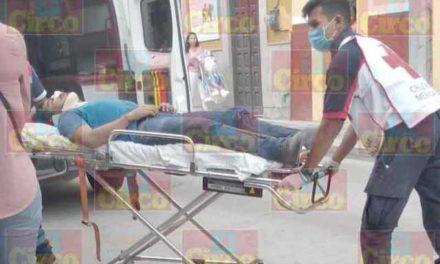 ¡Joven sufrió lesiones graves tras caer de su bicicleta en Lagos de Moreno!
