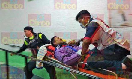 ¡Graves 2 hombres tras chocar con sus motocicletas en Lagos de Moreno!