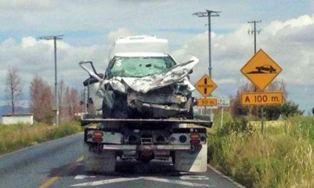 ¡Choque frontal entre un auto y una camioneta dejó 2 muertos y 5 lesionados en Guadalupe, Zacatecas!