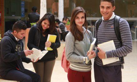 ¡IEA anuncia becas cuatrimestrales para educación media, superior y formación para el trabajo!