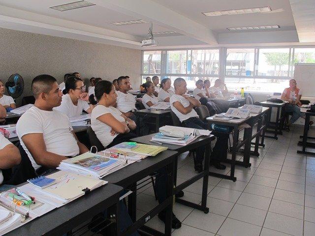 ¡Se fortalece la formación profesional de los policías con acompañamiento tutorial!