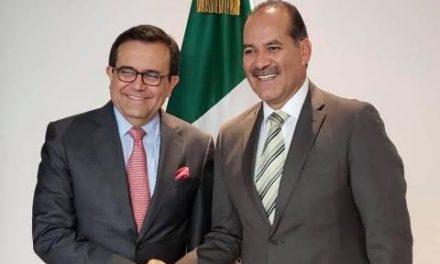 ¡Se reúne gobernador con el secretario de Economía!
