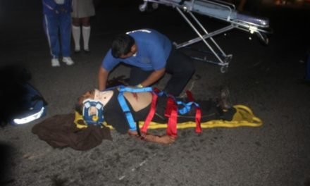 ¡Peatón murió atropellado por un joven motociclista en Aguascalientes!