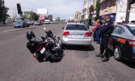 ¡Policía estatal resultó lesionado tras una carambola en Aguascalientes!