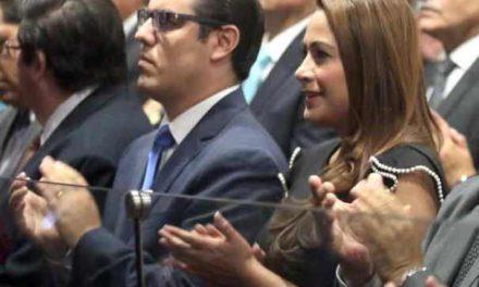 ¡Estrecha Tere Jiménez lazos de colaboración con diputados de la LXIV Legislatura en Aguascalientes!