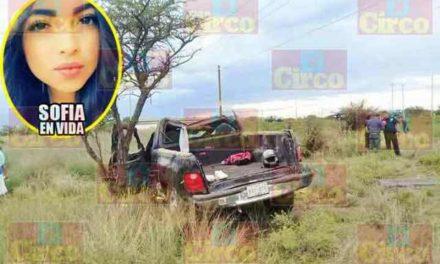 ¡Volcadura de una camioneta en Lagos de Moreno cobró la vida de una joven tras 2 meses de agonía!