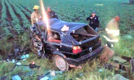 ¡6 muertos dejó choque frontal entre 2 automóviles en Trancoso!