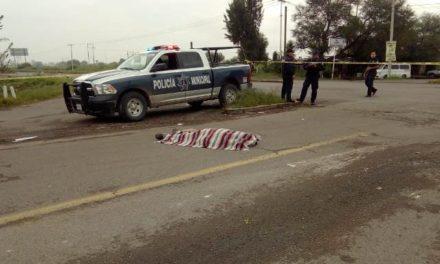 ¡Choque entre 2 camionetas dejó 1 hombre muerto en Tepezalá, Aguascalientes!