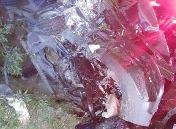 ¡Graves 3 jóvenes tras fuerte choque-volcadura de una camioneta en Aguascalientes!