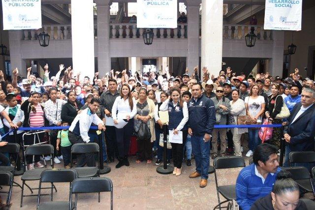 ¡Agradecen tianguistas de Las Huertas a Tere Jiménez importante proyecto que se consolidará en la zona el próximo año!