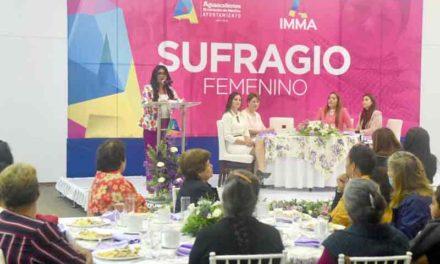 ¡Tere Jiménez comprometida con el desarrollo integral de las mujeres!