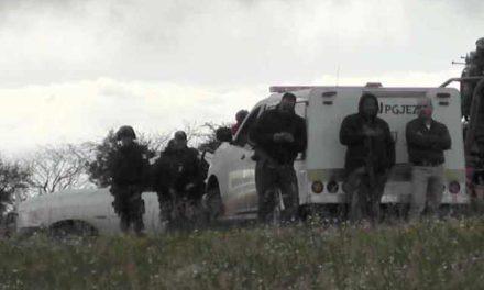 ¡Hallaron a 2 hombres ejecutados y con un narco-mensaje en Miguel Auza!