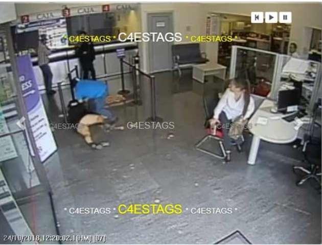 ¡Mujer fue asaltada dentro de un banco en Aguascalientes y despojada de $600 mil!