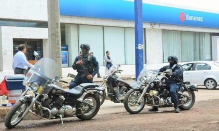 ¡Delincuentes asaltaron a una mujer tras salir de un banco en Zacatecas y le robaron $250 mil!