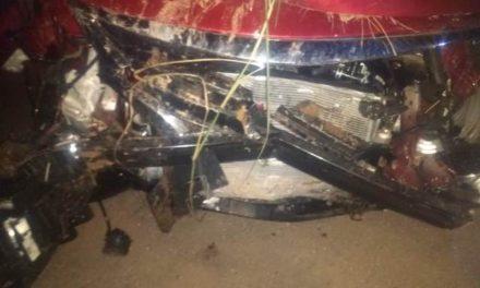 ¡Choque entre 2 automóviles dejo saldo de un muerto en Aguascalientes!