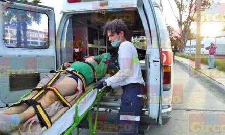 ¡Grave joven que atropelló a un perro y cayó de su motocicleta en Lagos de Moreno!