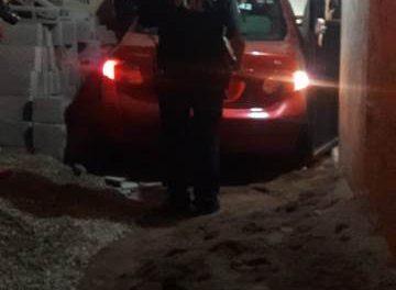 ¡Automovilista se estrelló contra una casa, derribó una barda y los escombros cayeron encima de un niño de 10 años en Aguascalientes!
