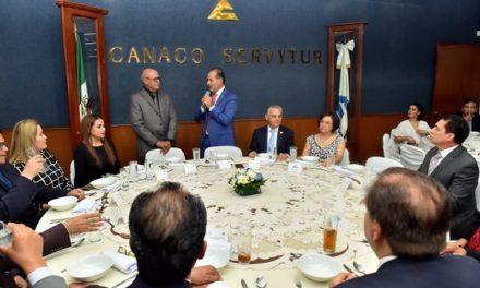 ¡Destaca gobernador trabajo de Canaco!