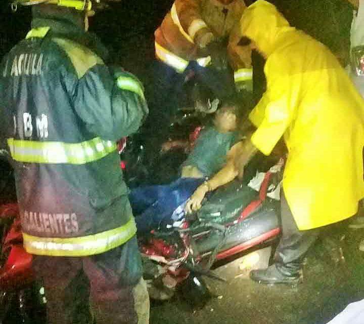 ¡Identificaron al automovilista que murió aplastado por un tráiler en Aguascalientes!