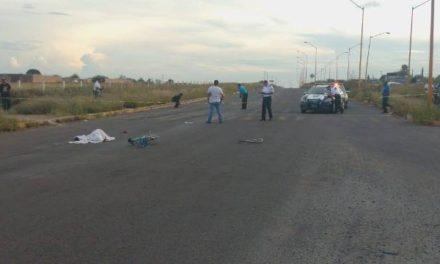 ¡Ciclista murió embestido por un tráiler en Aguascalientes!