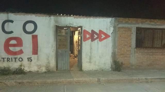 ¡Intentaron ejecutar a balazos a un hombre en su casa en Aguascalientes y está grave!