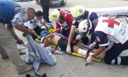 ¡Empleado se salvó de morir tras electrocutarse y caer de 6 metros de altura en Aguascalientes!