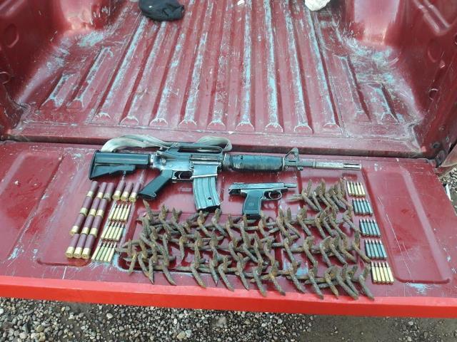 ¡Elementos de la PEP aseguraron armas de fuego, cartuchos, poncha llantas y vehículos en Valparaíso, Zacatecas!