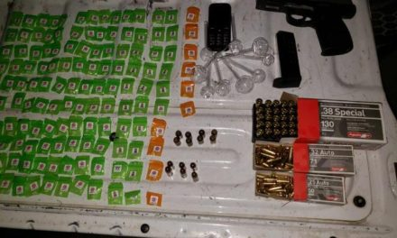 ¡Elementos de la PEP detuvieron a 2 sujetos con un arma de fuego, cartuchos y droga en Fresnillo!