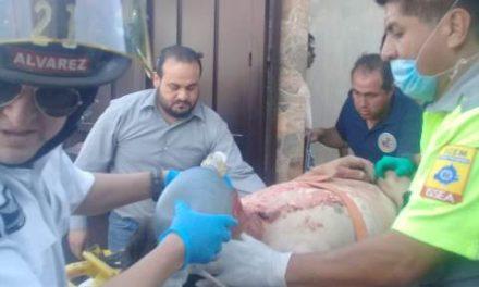 ¡Grave hombre tras un derrumbe en una casa en Aguascalientes!