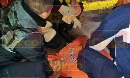 ¡Menor de edad lesionado tras caer de una motocicleta en Lagos de Moreno!