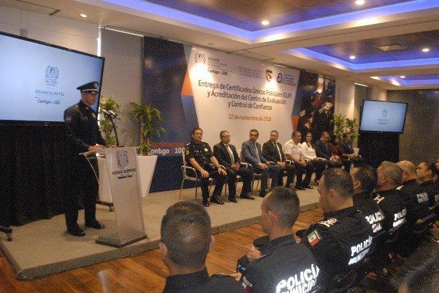 ¡Entrega Gobierno del Estado certificaciones a elementos de seguridad pública y ministeriales!