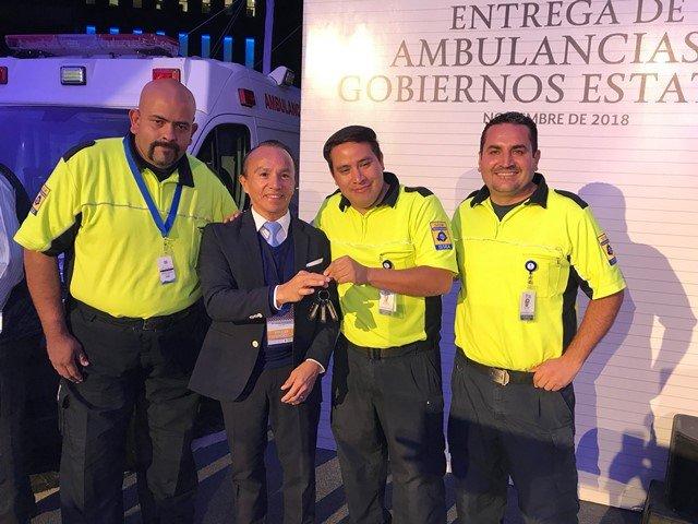 ¡Recibe el ISSEA tres ambulancias de emergencias básicas!