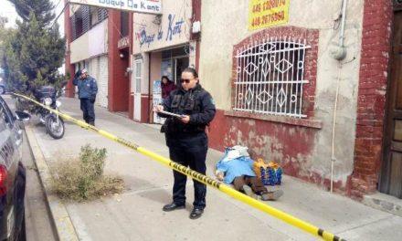 ¡La muerte sorprendió a un hombre de la tercera edad en la vía pública en Aguascalientes!