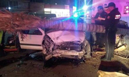 ¡Brutal accidente automovilístico dejó 1 muerto y 1 lesionado en Aguascalientes!