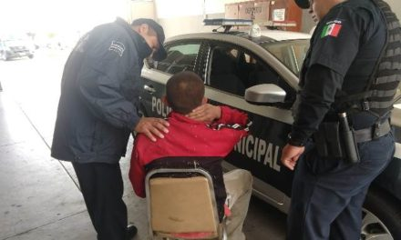 ¡Policías municipales de Aguascalientes evitaron que un joven se quitara la vida!